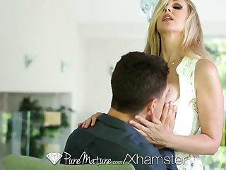HD - PureMature Hot Milf Julia Ann loves a broad in the beam dick