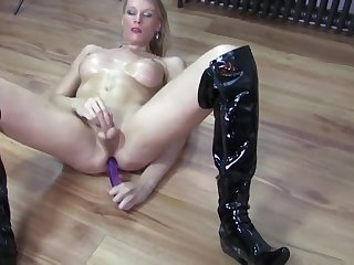 Cock clamour blonde wanking