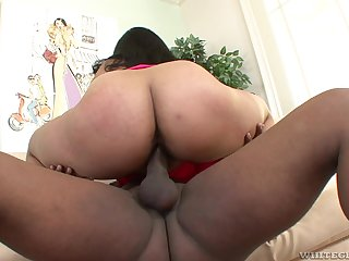 Asian mom bounces say no to ass on a big black dick
