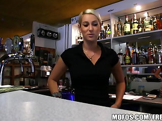 Public Pickups - HOT Czech bartender paid for quick fuck