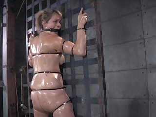 Galumph Roughsex Sub Tied Up While Riding Plaything
