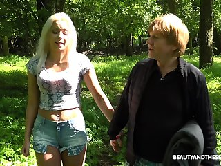 picnic in the wild nature is sex adventure for horny Julia Parker