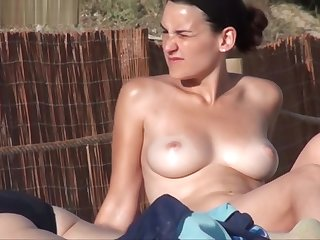 topless strand - nice tits