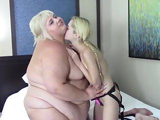 Odette Delacroix Fucks Me Piggy Style