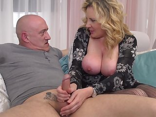 Beautiful Blond Hair Bird Lardy Mommy Pounded Unchanging  - rough