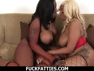 Sexy bbw Lethal Lipps and her bestfriend essay nothing relative to do by relative to dress up despondent