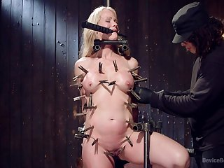 Horny and tied Simone Sonay gets her shaved pussy pleased by her lover