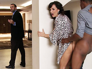 Spouse returned when housewife rails Chubby BLACK COCK